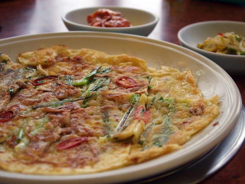 Seafood pajeon pancake