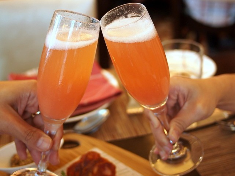 Bellini (Italian peach and sparkling wine cocktail)