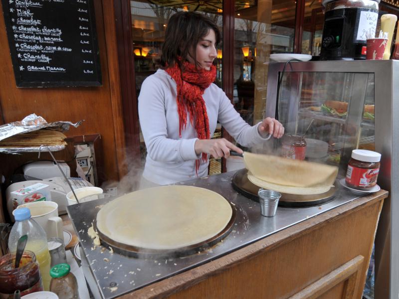 Crêpes (French thin pancakes)