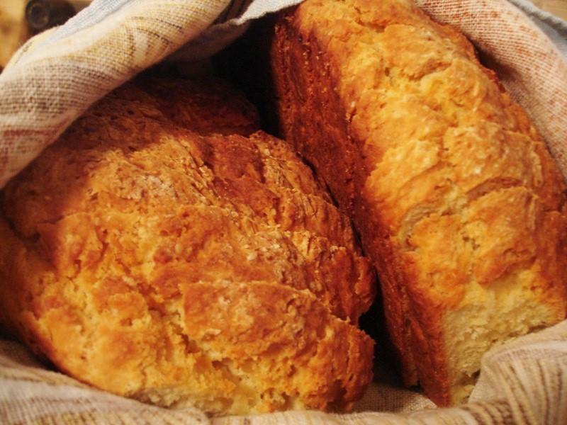Irish Soda Bread Recipe (Irish soda-leavened bread)