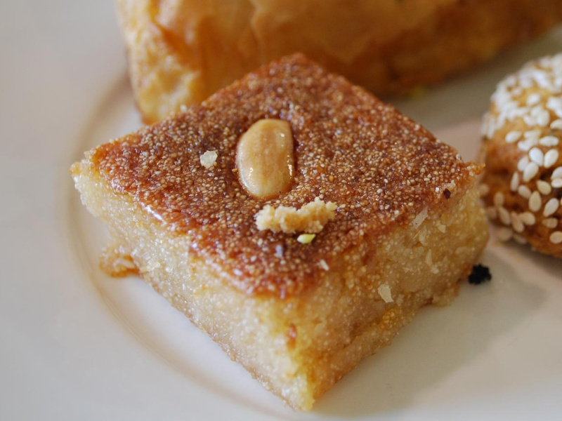 Basboosa Recipe (Egyptian semolina cake) | Whats4eats