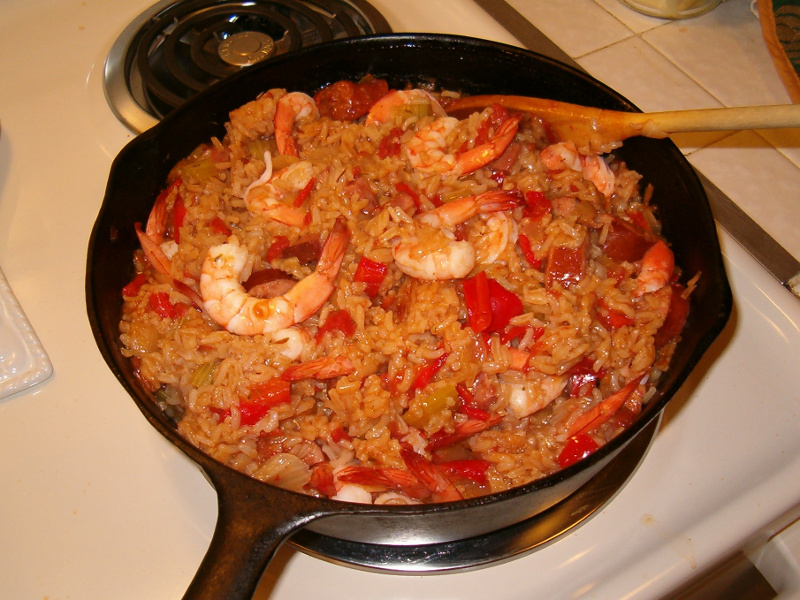 Jambalaya (American Cajun-Creole rice with chicken, shrimp and andouille sausage)