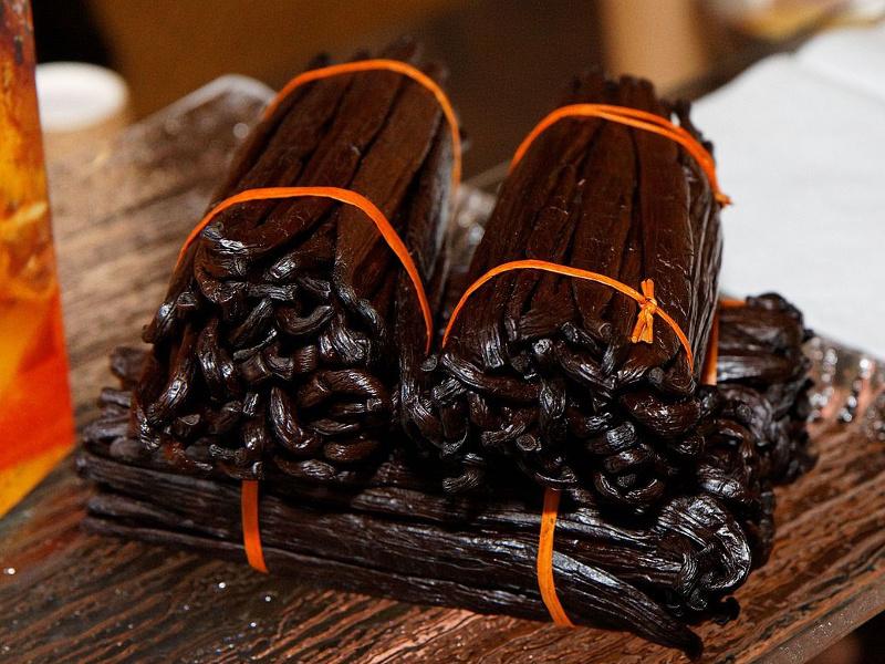 Bundles of Tahitian vanilla beans