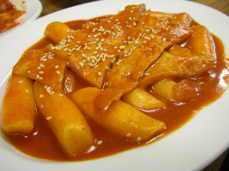 Spicy Korean tteokbokki