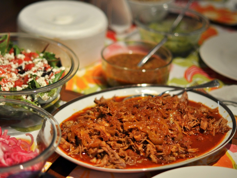 A plate of cochinita pibil