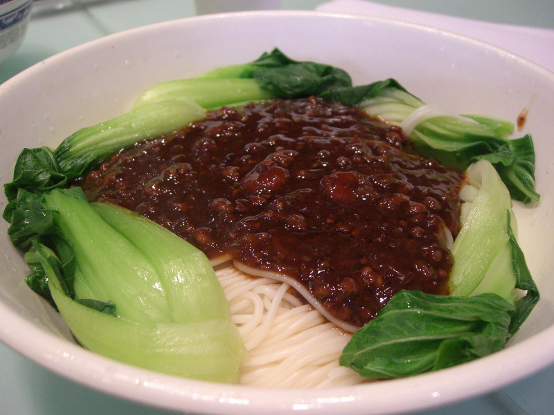Zhajiang Mian (Chinese pork and noodles in brown bean sauce)