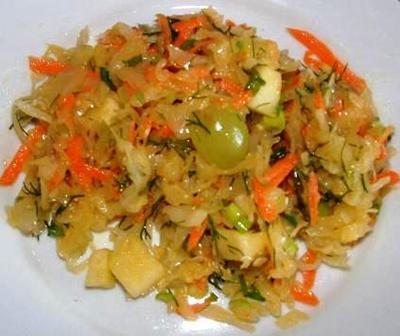 Kvashenaya Kapusta Provansal Recipe (Russian sauerkraut salad)