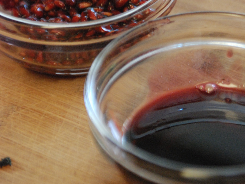 Fresh pomegranate molasses