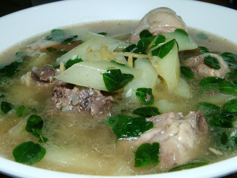 Chicken tinola soup