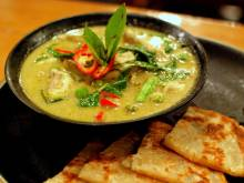 Thai green curry with roti