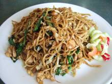 Mie Goreng (Indonesian stir-fried noodles with vegetables)