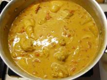 Kuku Paka (Kenyan curried chicken)