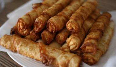 A plate of sigara boregi, Turkish cheesy roll ups
