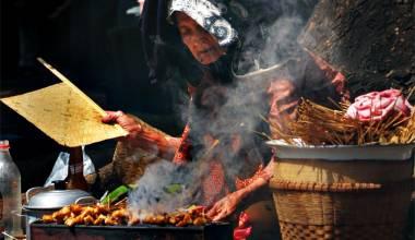 Indonesian satay vendor