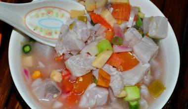 Kinilaw Filipino vinegar-marinated fish