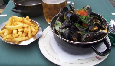 Bowl of moules and frites