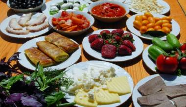 Amazing spread of Azerbaijani celebration and party food