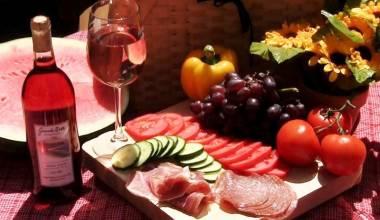 Nice picnic spread