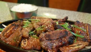 Hawaiian kalbi barbecue beef short ribs