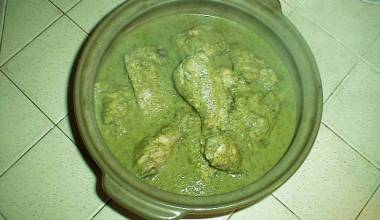 Jocon Guatemalan chicken in tomatillo-cilantro sauce
