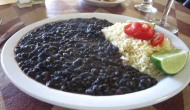 Plate of caraotas negras (black beans)