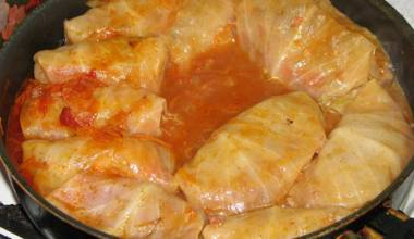 Golubtsy Russian stuffed cabbage rolls