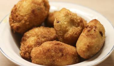Muchines de yuca Ecuadoran appetizers