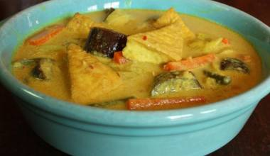 Sayur lodeh Indonesian vegetables in coconut curry