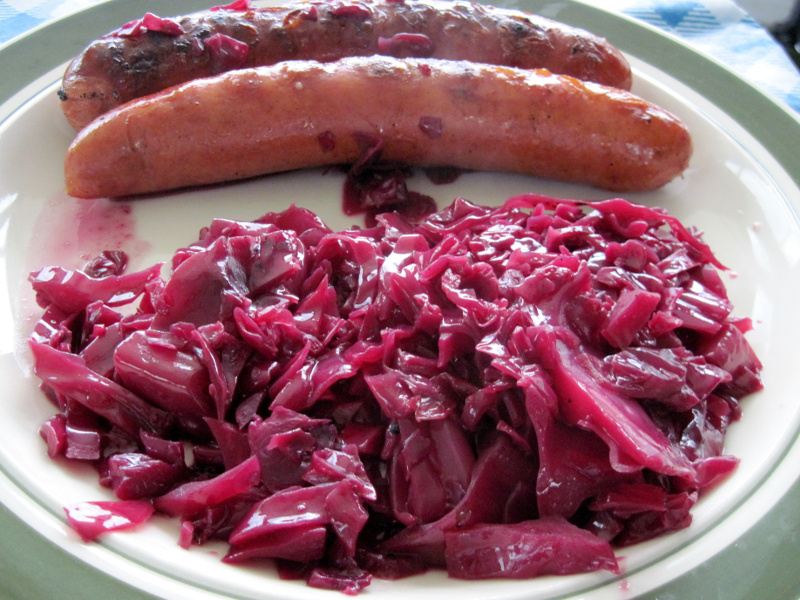 Plate of blaukraut braised red cabbage with wursts