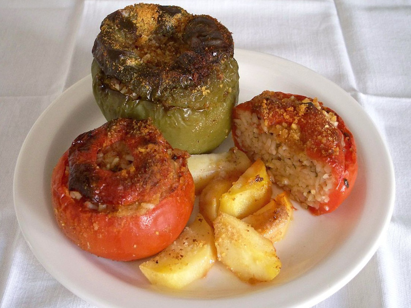 Domates Yemistes (Greek rice-stuffed tomatoes)