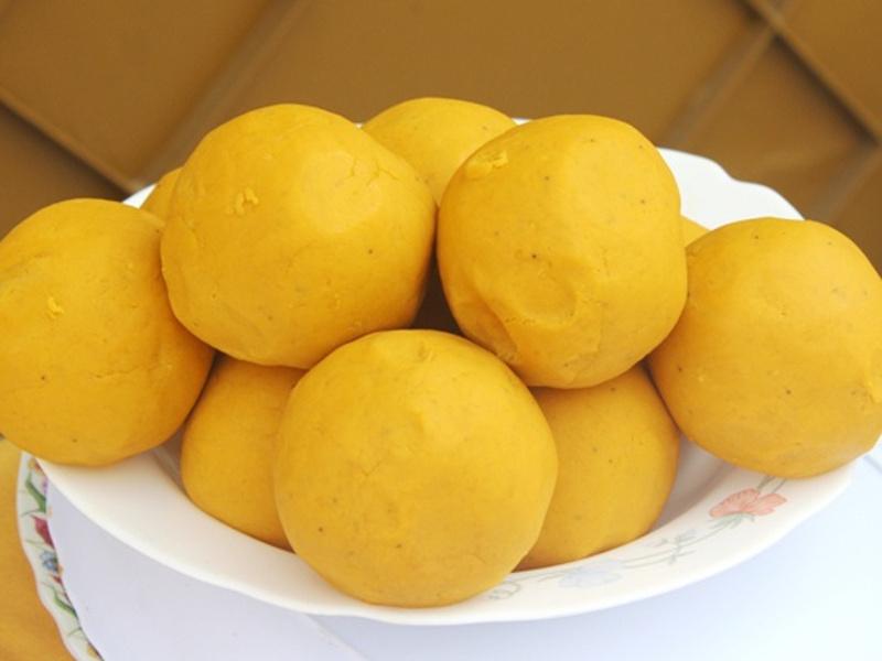 Balls of foutou banane