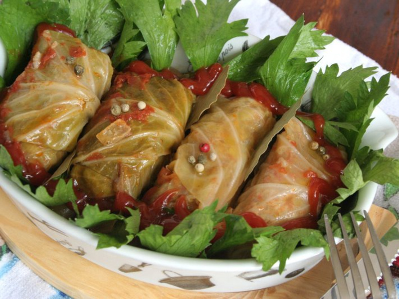 Holishkes Israeli Jewish stuffed cabbage rolls